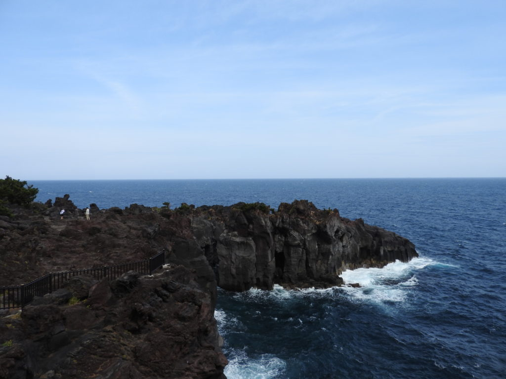 城ヶ崎海岸吊り橋から北側